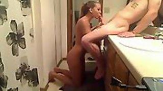 Fucking torrid blonde girlfriend in the bathroom