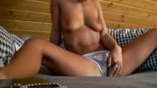 Warm amateur girlfriend masturbating in her bedroom