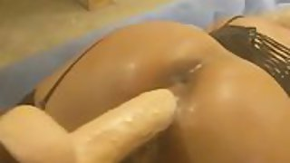 Wondrous  ass wifey loves to rail the hefty cock all night lengthy