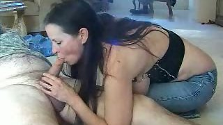 Come home for a nooner blowjob a lunch time quickie oral suck