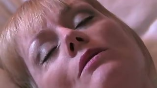 Big-boobed mature mistress gets her cunt creampied in the motel apartment