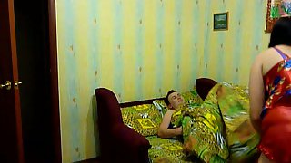 Amateur lovers homemade fuck-fest movie recored in their room bedsit