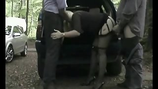 Dogging mature threeway in the woods