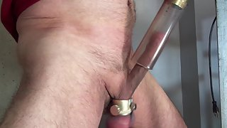Handsfree jerking with a vacuum cleaner trying stiff not to jizz