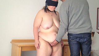 Presentation of my warm plus-size wife nude and blindfold