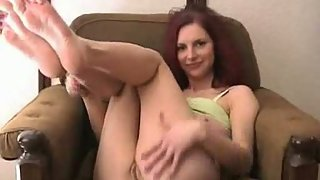 Amateur cutie performing on camera flashing sexy body assfuck fuck