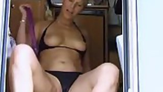 Mischievous mature blonde longing a cock in her mouth and pussy