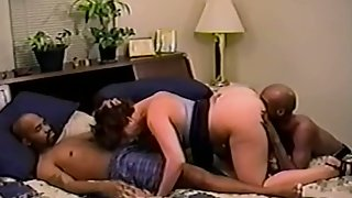 Interracial 3some cuckold wife shared with two black guys