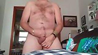 Danrun oozes his tasty semen on his hairy stomach