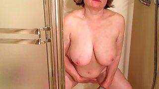 Marierocks 56 powerful nutting in the shower